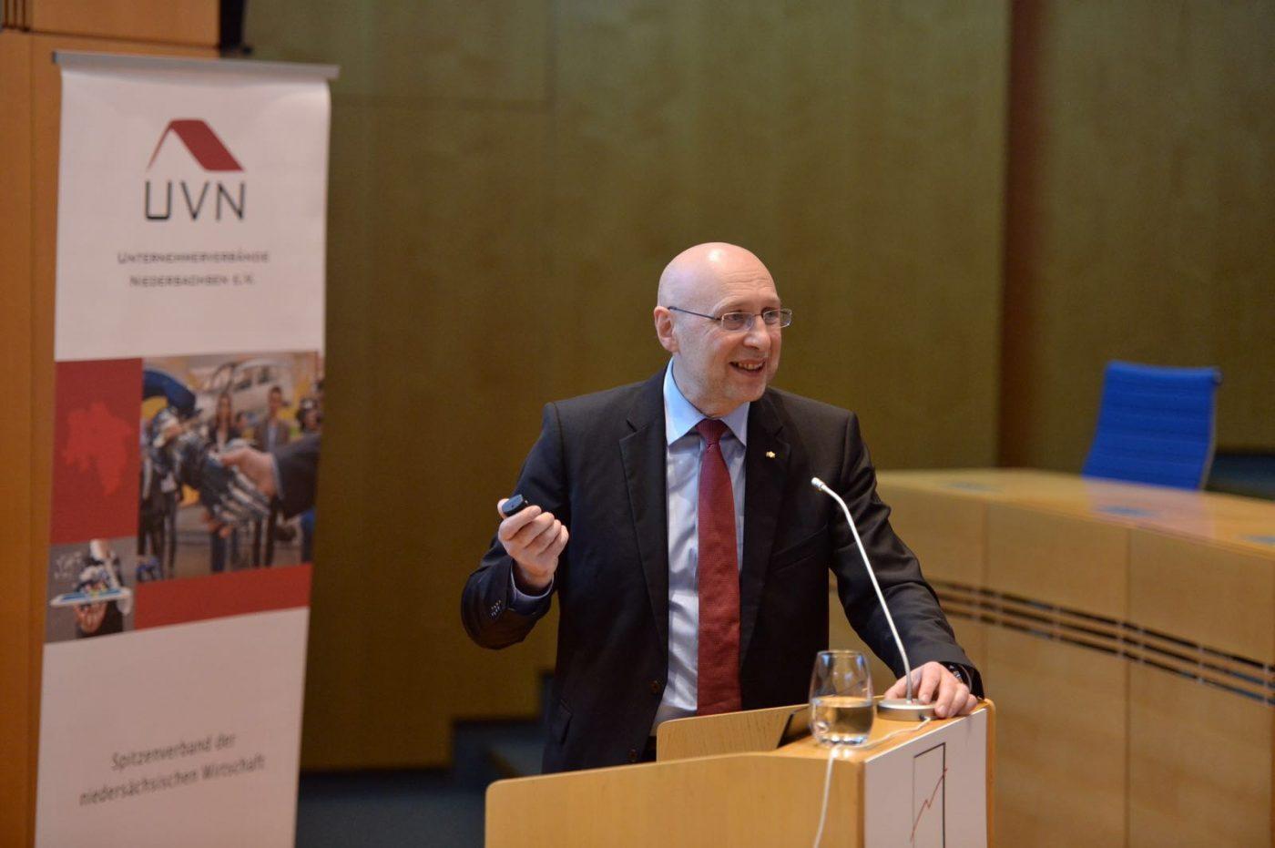 Zu Fragen der Zeit mit Nobelpreisträger Prof. Stefan W. Hell