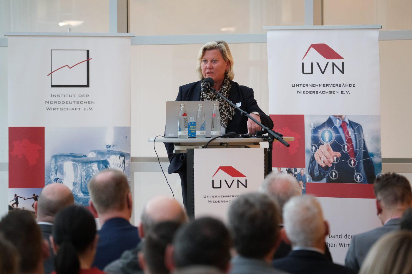 ZU FRAGEN DER ZEIT: Datenschutz - gewusst wie! (DSGVO)